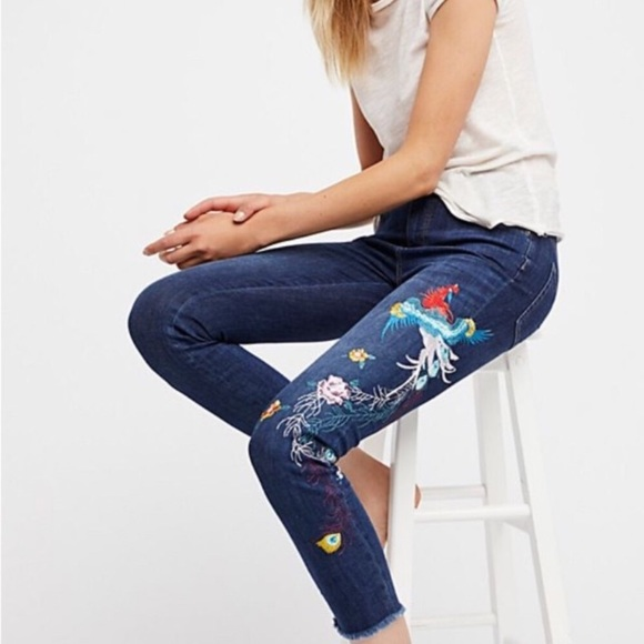 FREE PEOPLE EMBROIDERED DENIM JEANS 27